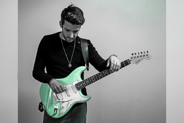 Stimme und Gitarrenspiel des südafrikanischen Musikers Ruben Gerritz