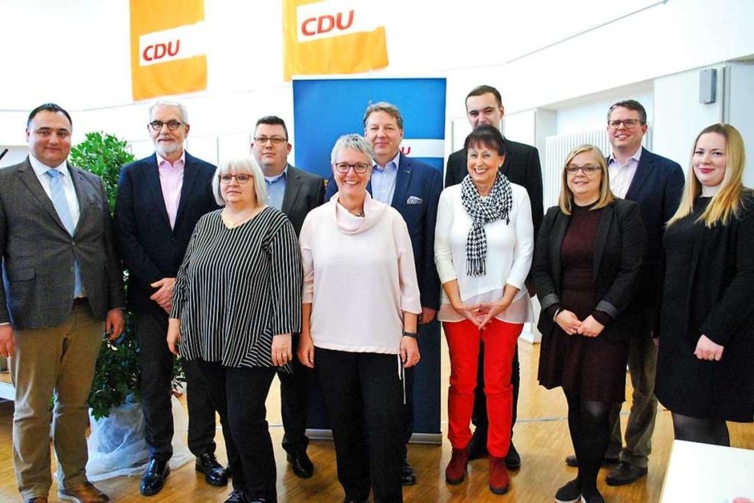 Der Vorstand des CDU-Kreisverbands Lör... Schuster, Tobias Benz und Xenia Buss.  | Foto: Thomas Loisl Mink