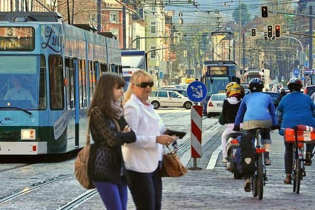 Schlägerei am Freiburger Holzmarkt fordert vier Leichtverletzte