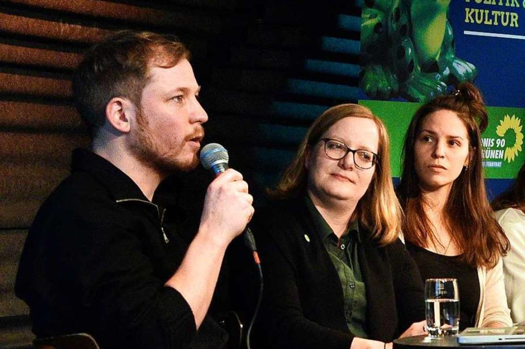 Sebastian Wild, Geschäftsführer der Nü...(Grüne) und Deborah Ewert (Multicore).  | Foto: Thomas Kunz