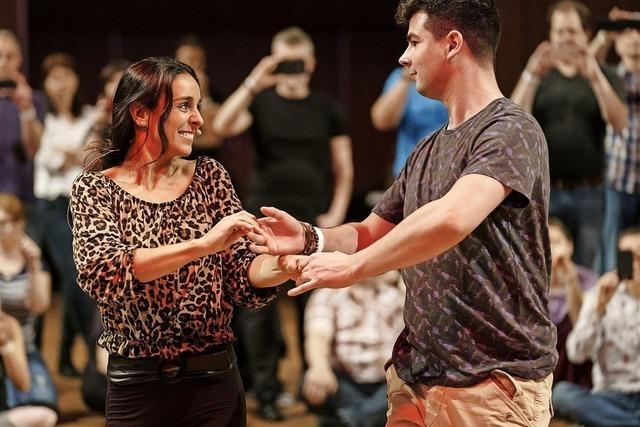 Melissa Ortiz-Gomez und viele weitere Tänzer geben Workshops im Europa-Park