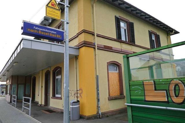 Wie wird der alte Bahnhof in Efringen-Kirchen genutzt?