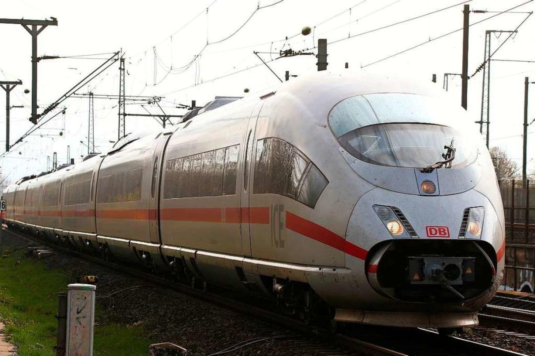Am Montag wurden zwei Männer in Zügen ...enthaltsgesetz verstoßen (Symbolbild).  | Foto: David Young
