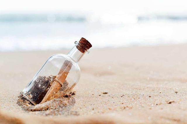 Flaschenpost von Freiburgerin taucht nach acht Jahren auf Langeoog wieder auf