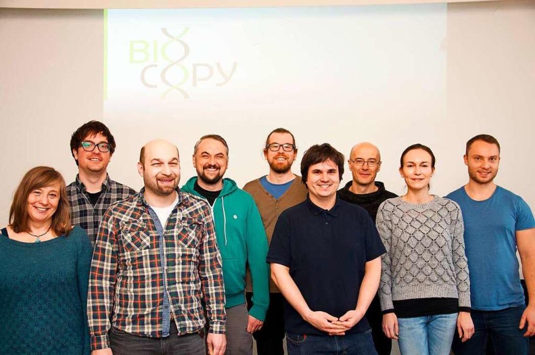 Das Biocopy-Team: Günter Roth (Dritter...m Gründerteam und führt die Geschäfte.    Foto: Philipp Meyer
