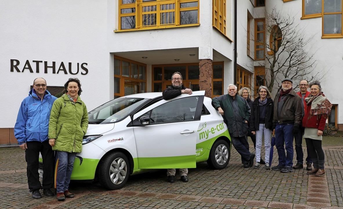 Sie wollen ein Carsharing-Angebot auch...er, Carsten Schulz und Nicole Fischer.  | Foto: Christoph Breithaupt