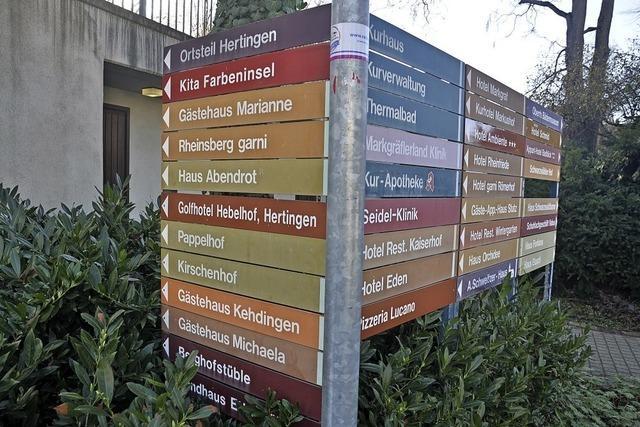 Neue Schilder sollen den Ort aufwerten