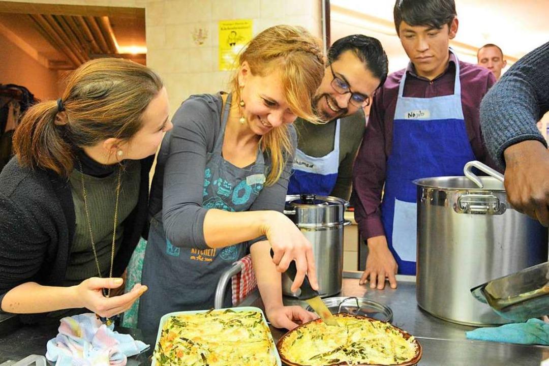 n der Friedensgemeinde wird bei den Aktionswochen wieder gemeinsam gekocht.  | Foto: Barbara Ruda