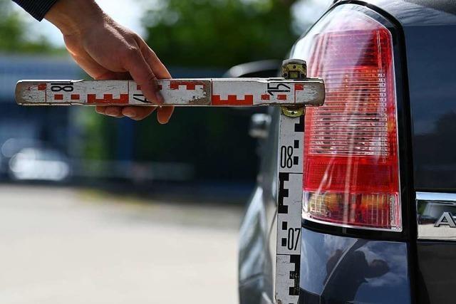 Die Polizei sucht Zeugen einer Unfallflucht in Lörrach