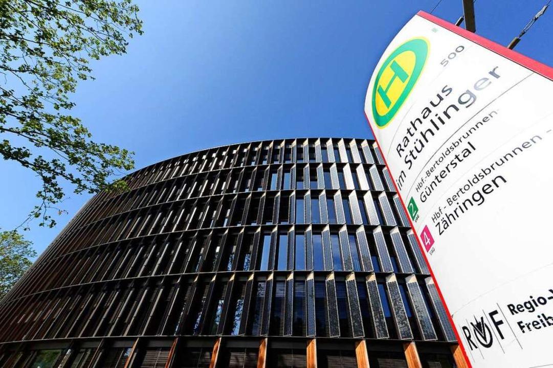 Angesiedelt ist das Referat für bezahlbares Wohnen im Rathaus im Stühlinger.    Foto: Ingo Schneider