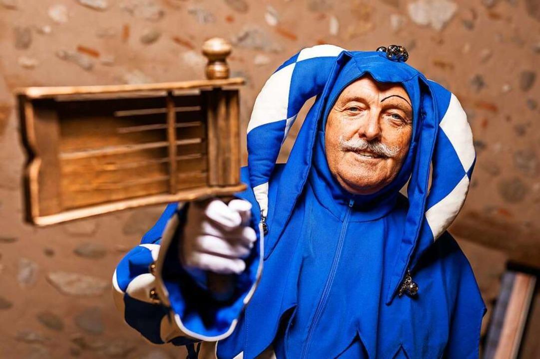 Blau-weiß ist der Staufener Schelm, und das seit 85 Jahren.    Foto: Philipp von Ditfurth