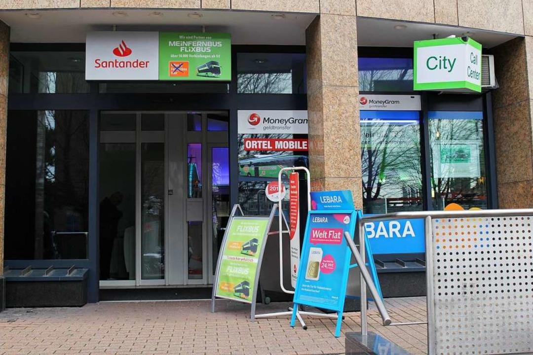Das Internetcafé am Freiburger Bahnhof    Foto: Viola Priss