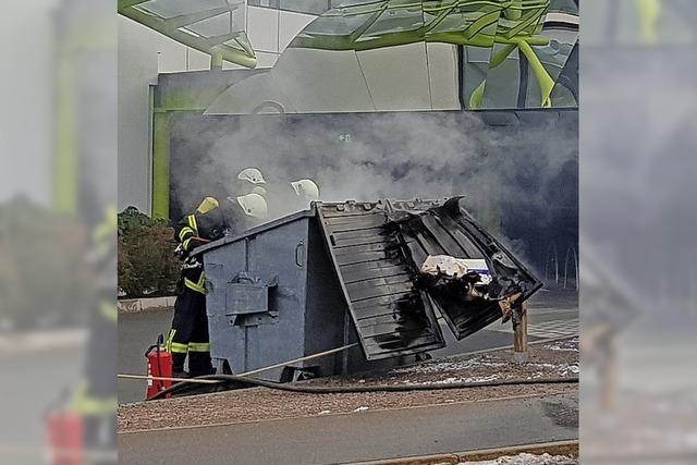 Brandstiftung am Container?
