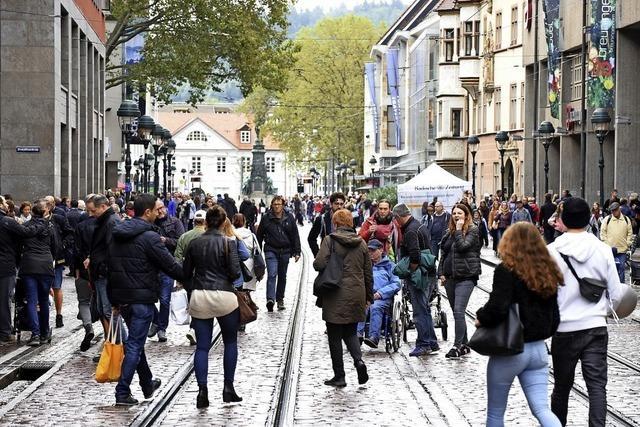 Freiburger CDU hat mit Bürgern über verkaufsoffene Sonntage in Freiburg im Jahr 2020 diskutiert