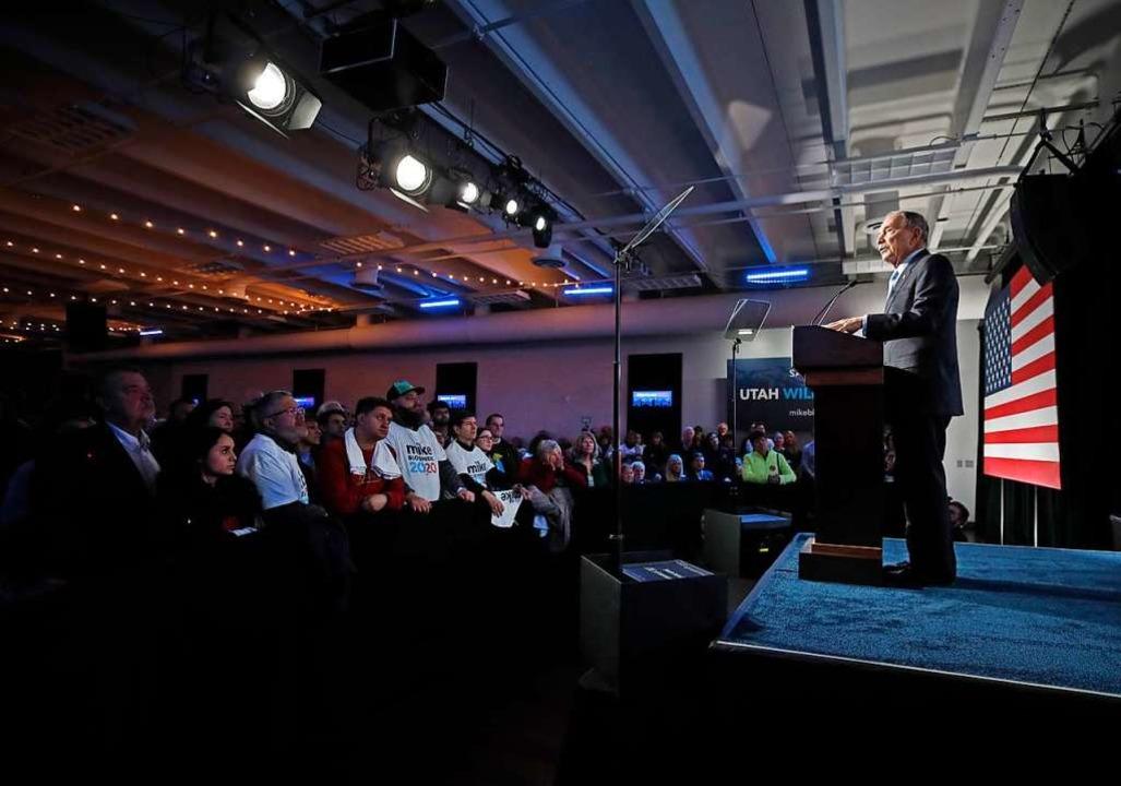 Mike Bloomberg bei einer Rede in Salt Lake City.  | Foto: GEORGE FREY (AFP)