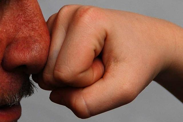 23-Jähriger bricht 21-Jährigem in Lörrach die Nase