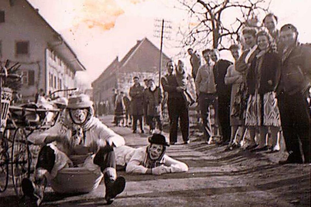 Die Teilnehmer des Scheesenrennens müs...einen Parcours umrunden. (Archivbild).  | Foto: Privatarchiv OriMüVo