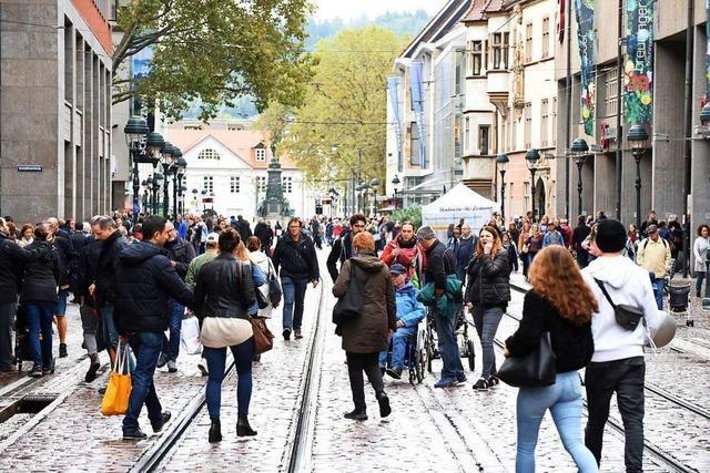 Freiburger CDU hat mit Bürgern über verkaufsoffene Sonntage diskutiert