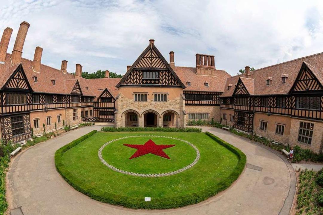 Hier wurde Geschichte gemacht: Schloss Cecilienhof    Foto: André Stiebitz (SPSG/PMSG)