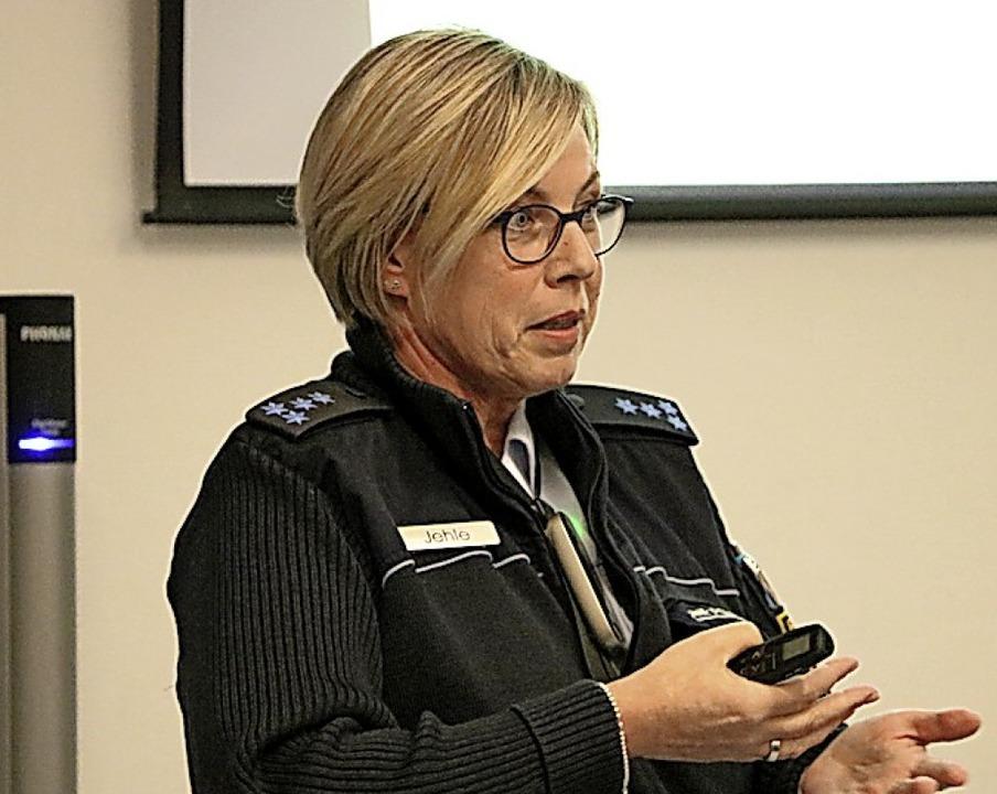Regelmäßig sensibilisiert Polizeihaupt...liche für die Gefahren des Internets.   | Foto: suedkurier