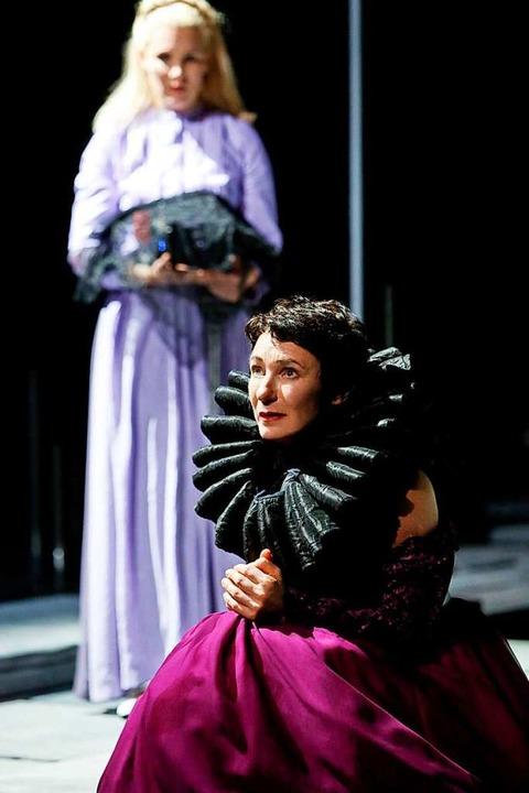 Maria Stuart bittet um Schutz.   | Foto: Birgit Hupfeld