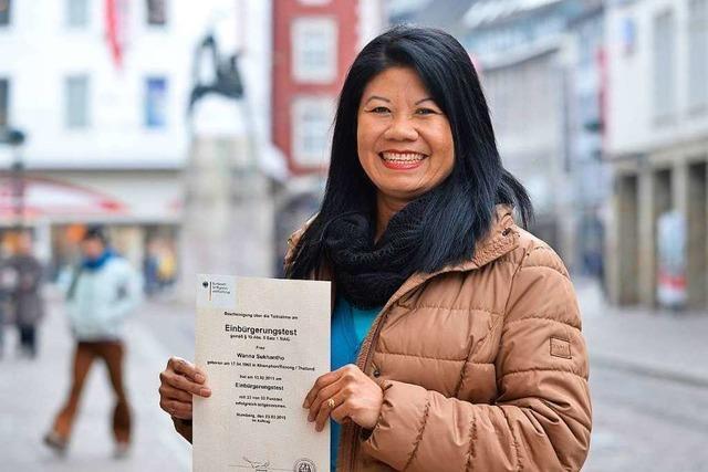 Wanna Sukhantho aus Thailand will sich einbürgern lassen - den Sprachtest hat sie schon bestanden