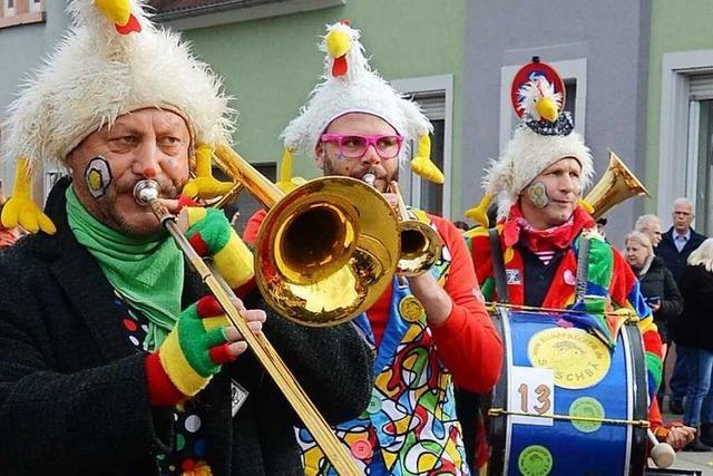 Fotos: Bunte Umzüge am Sonntag in Riegel und Sasbach