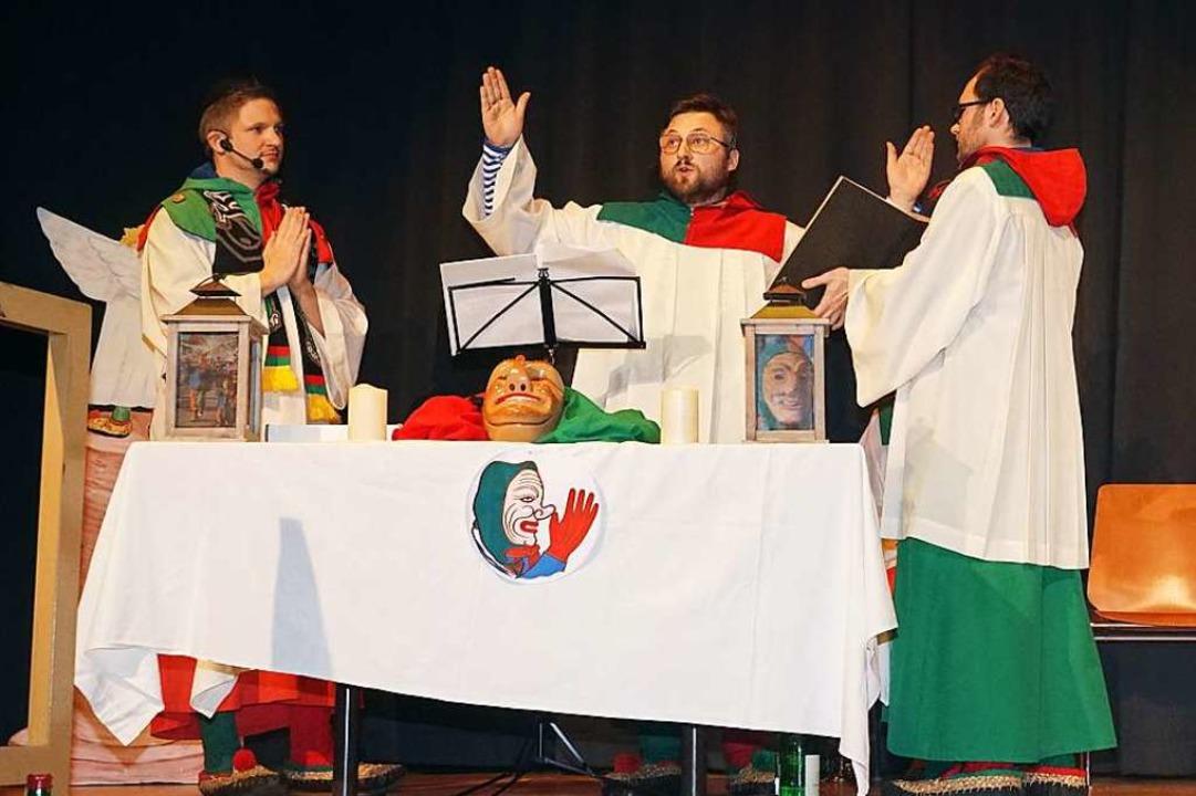 Ihre grün-rot-blaue Messe zur Huldigun...lten sie auch manch anderes Geheimnis.  | Foto: Helmut Häringer