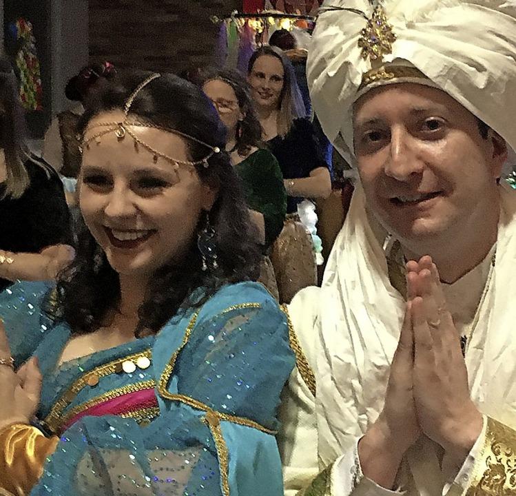 Gelruewe-Königin Elisa I. und Prinz Fl...it ihrem großen orientalischen Gefolge    Foto: Bertold Obergföll