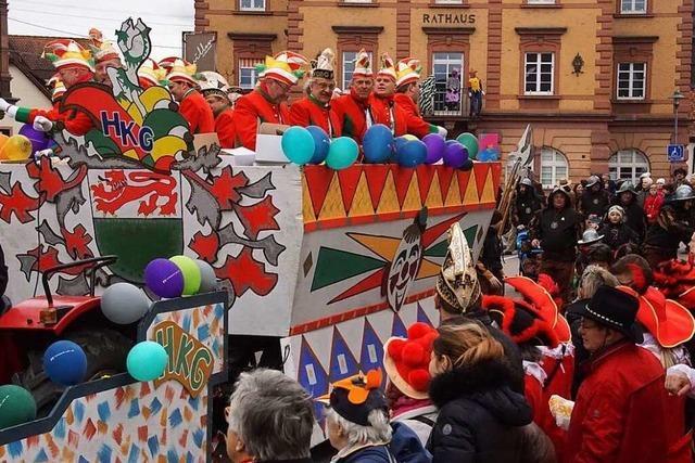 Fotos: Farbenfrohe Umzüge im nördlichen Breisgau