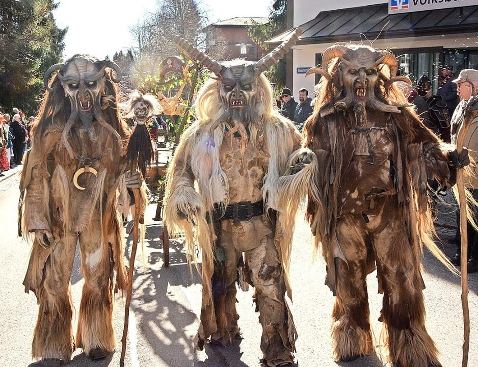 """Die """"Hexenjäger vom Kinzigtal&#8...s Altdorf waren auch in Höchenschwand.    Foto: Stefan Pichler"""