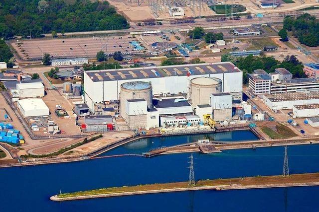 Nachglüh-Apéro zur Abschaltung von Reaktor 1 in Fessenheim