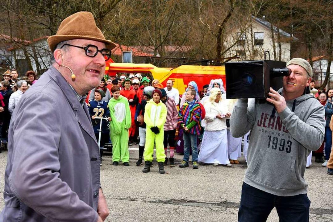 Närrische Kundgebung in Obersimonswald.    Foto: Horst Dauenhauer