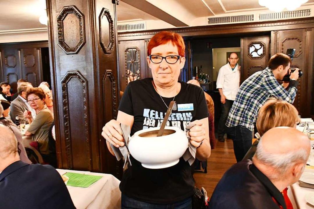 Die Suppe kommt.    Foto: Barbara Ruda