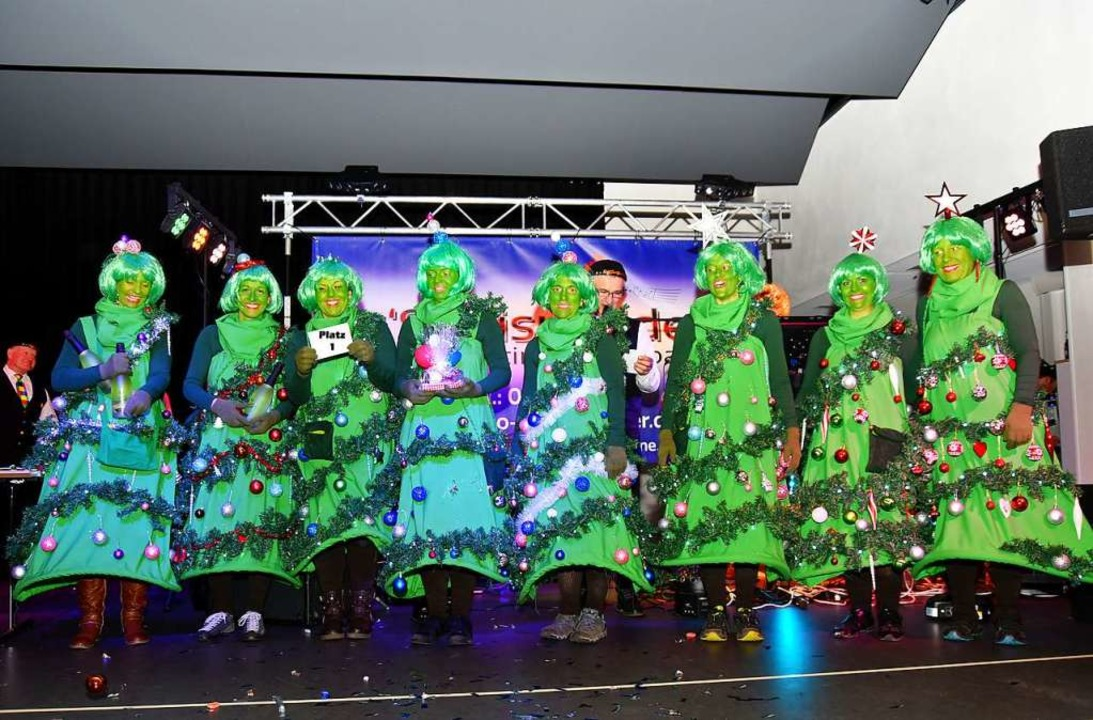 Die Christbäume siegten beim Preismaskenball in Simonswald.    Foto: Horst Dauenhauer