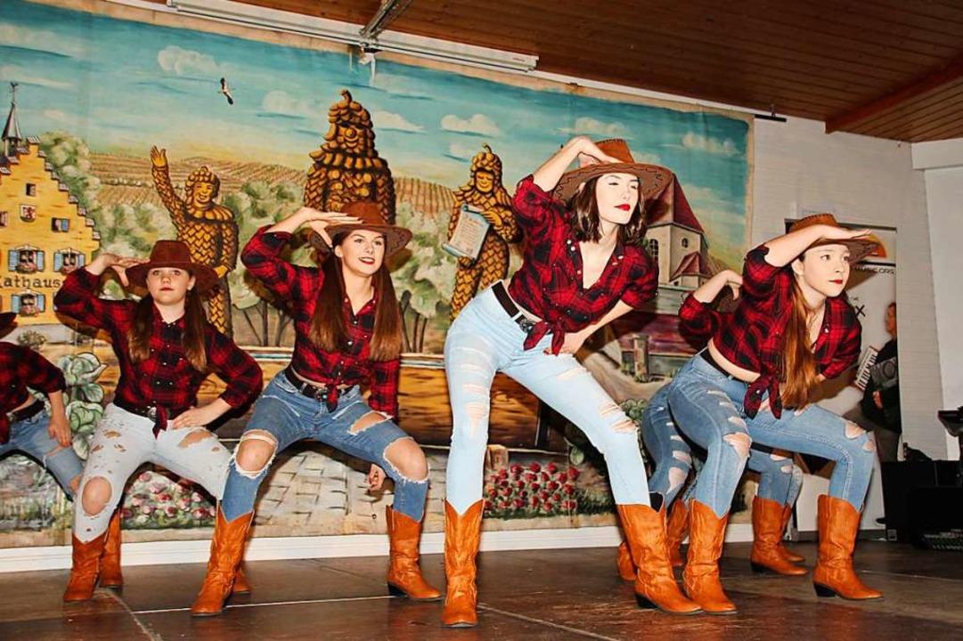 Rodeo-Cowgirls auf der Gottenheimer Narrenbühne  | Foto: Mario Schöneberg