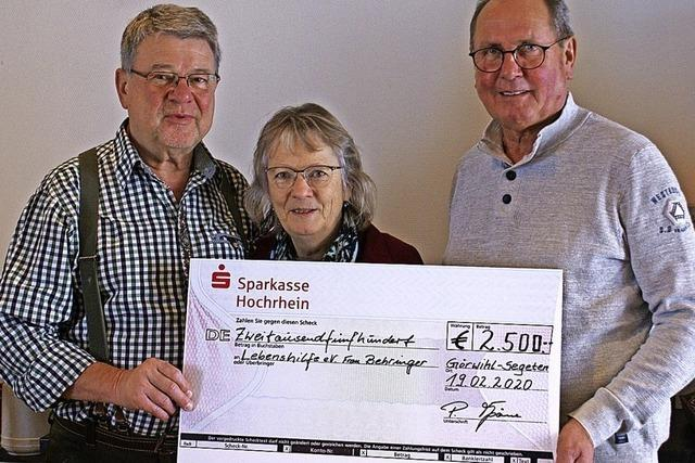 Jäger spenden 2500 Euro