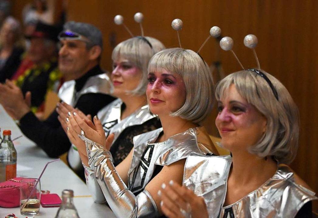 Glitzer, Glanz und Gloria war beim Bra...r Munzinger Schlossbuckhalle angesagt.    Foto: Rita Eggstein