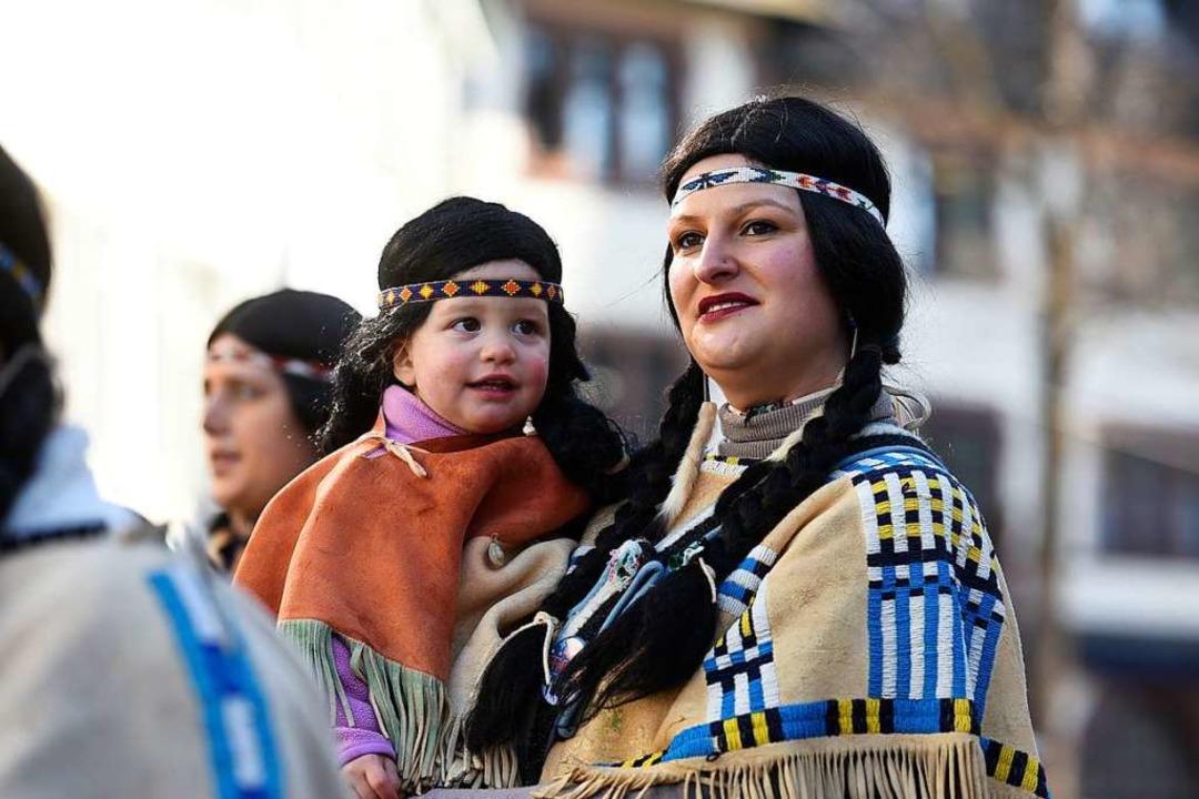 Sioux-Indianerin mit Narrensamen aus dem Freiburger Westen.  | Foto: Thomas Kunz