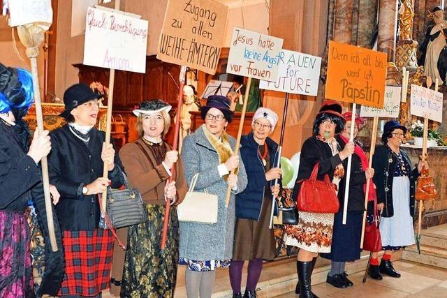 Närrische Gottesdienste in Kirchzarten und Stegen locken Besucher