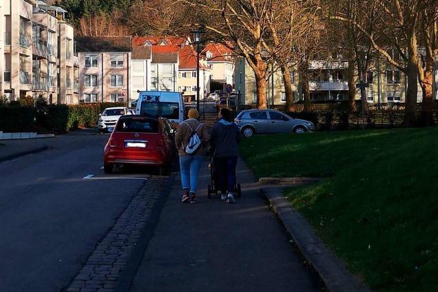 Laut Stadt geht die Zahl der Falschparker auf Gehwegen zurück
