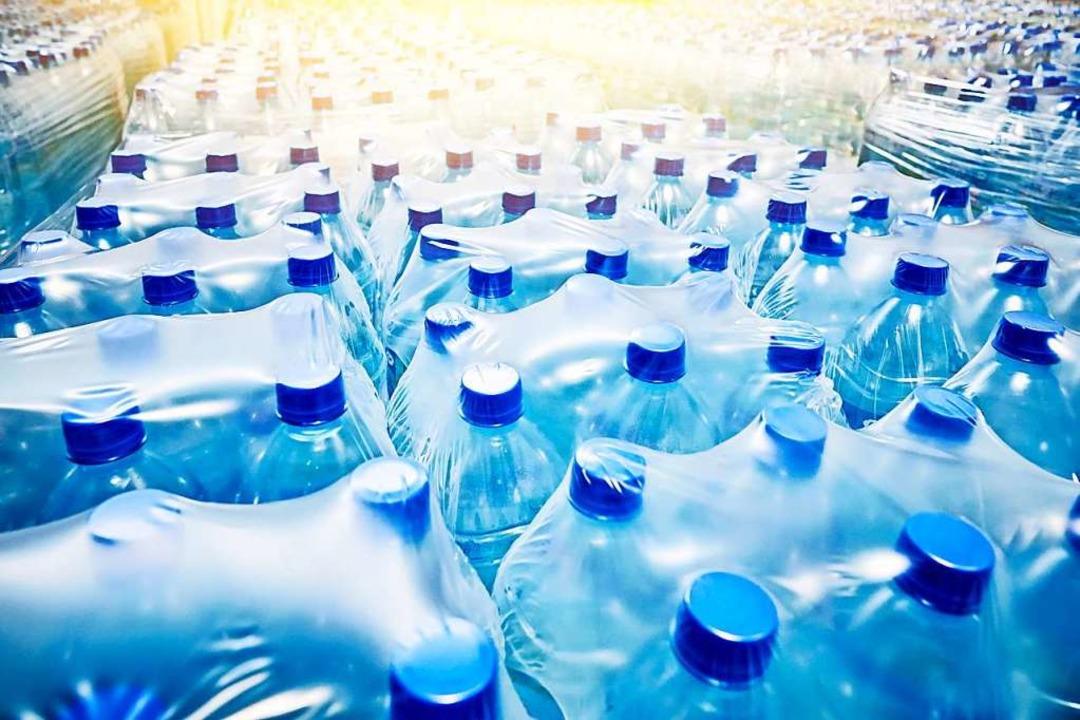 Viel Wasser sollte der Mensch trinken – und auch genügend Vorräte haben.  | Foto: sergeyklopotov - stock.adobe.com