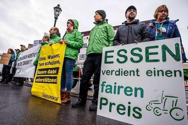 Landwirte aus Deutschland, Frankreich und der Schweiz diskutieren über die Agrarwende