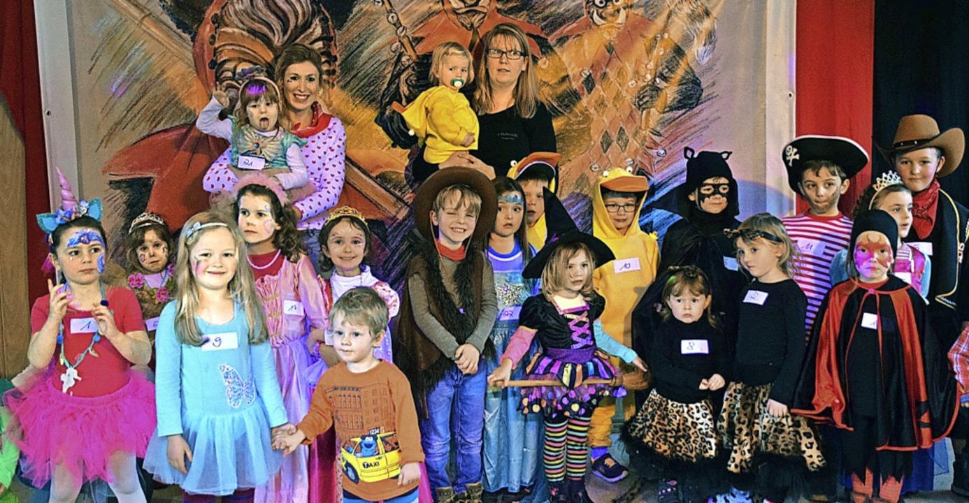 Kinderfasnet in Suggental mit Spiel, S...llen Kostümen in der Silberberghalle.   | Foto: Hubert Bleyer