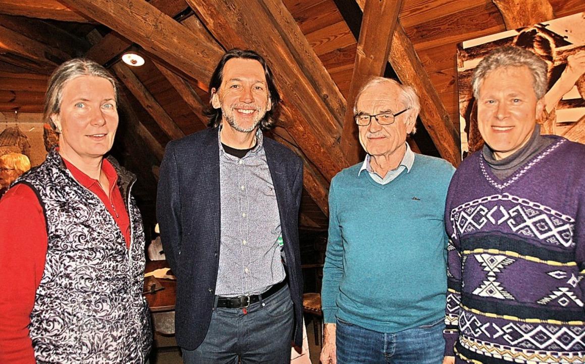 Zufriedene Gesichter gab es bei Organi...li Bächtold und Pfarrer Heinz Duttler.  | Foto: Jutta Binner-Schwarz