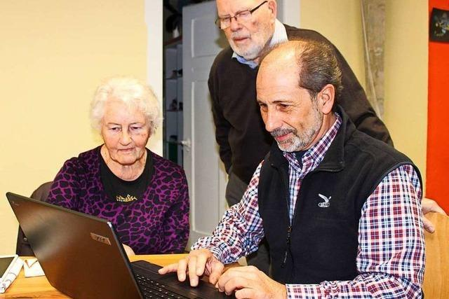 PC-Sprechstunde hilft Senioren, wenn der Laptop nicht ins Wlan will