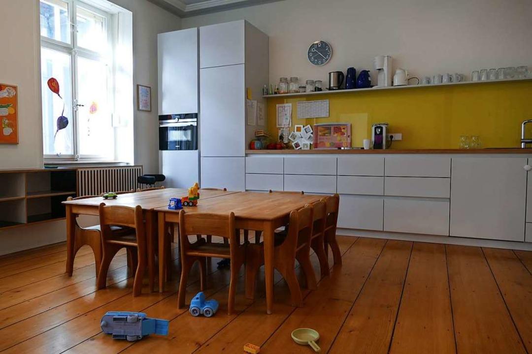 Die Küche des Mini-Kindergartens im ersten Obergeschoss.  | Foto: Nina Witwicki