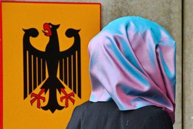 Kopftuchverbot für Rechtsreferendarinnen verfassungsgemäß