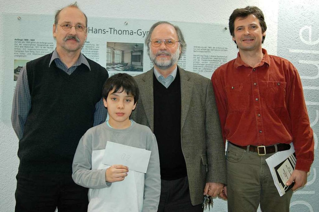 Szenen einer Karriere: Julian Moehring...uschke bei einer Spendenübergabe 2005.  | Foto: Barbara Ruda