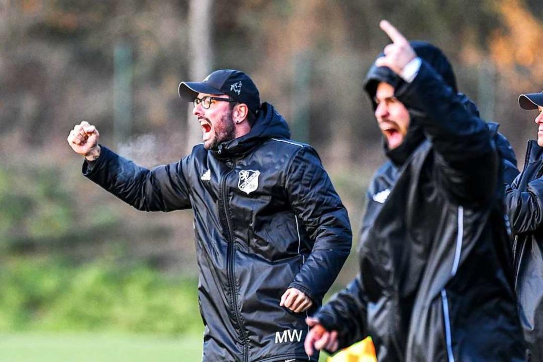 Von Spiel zu Spiel mit großem Ziel: Trainer Michael Wasmer.  | Foto: Gerd Gruendl